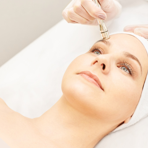 Course of six Diamond Microdermabrasion for face, neck and decollete