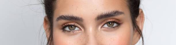 Eyebrow Design / Shape / Semi-permanent make-up